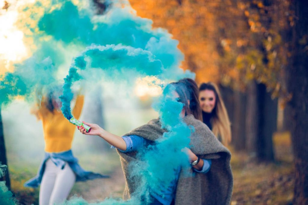 Gender Reveal Color Smoke